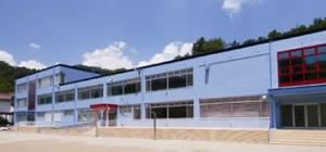 ニードスポーツセンター (山梨県市川三郷町営フィットネスジム)