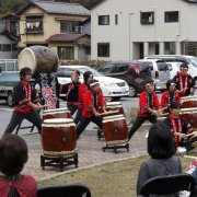 5周年記念秋祭(和太鼓「響」)【山梨の観光立ち寄り温泉−つむぎの湯】