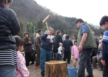 新春恒例もちつき大会3【日帰り温泉つむぎの湯】
